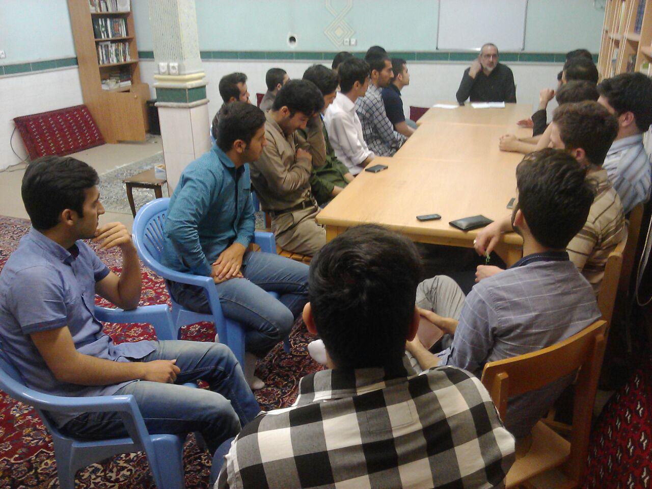 جلسه تشکل دانشجوئی  دارالقرآن مهدیشهر