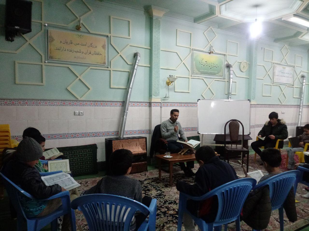تشکیل اولین کلاس روخوانی مقدماتی نوجوان با حضور استاد حامد نورانی