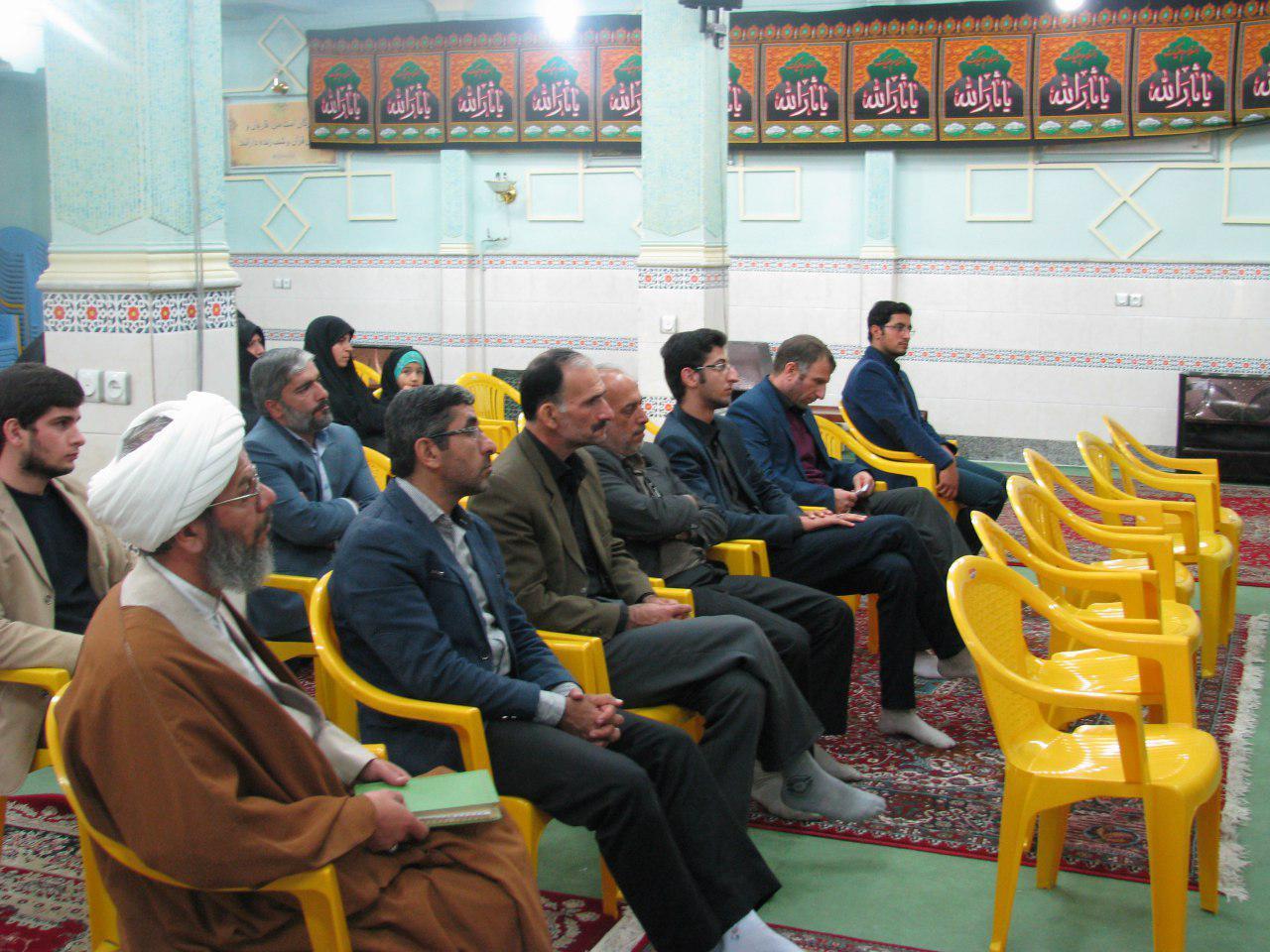 نشست تشکیلاتی موسسات قرآنی شهرستان مهدیشهر با حضور حجت الاسلام رستمیان